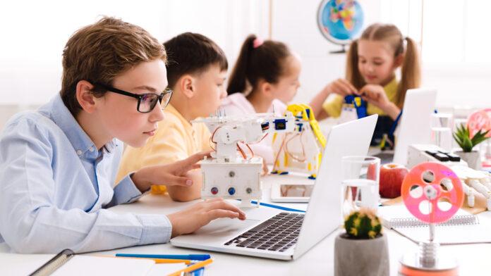 program edukacyjny - jakie są rodzaje?
